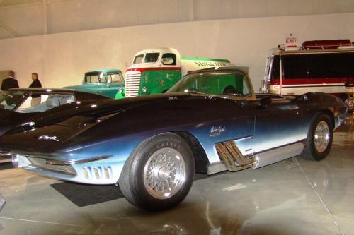 1963 Mako Shark Corvette Concept